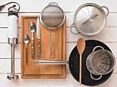 Kitchen utensils for preparing pan-fried potato dishes