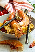 King prawns with pasta