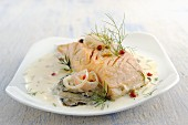 Salmon in oyster sauce with dill