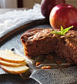 Polish apple cake without butter, sliced (close-up)