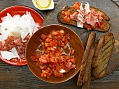 Catalan toasted bread with tomatoes