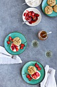 Scones with ricotta, strawberries, honey and tarragon