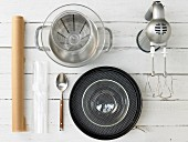 Kitchen utensils for preparing a fresh cheese and yoghurt cake