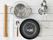Kitchen utensils for preparing a fresh cheese and yoghurt cake