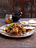 Rindfleisch-Tajine mit Kichererbsen (Nordafrika)