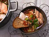 Umbrian fish soup with fennel and bread