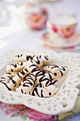 Meringue Sticks with Chocolate