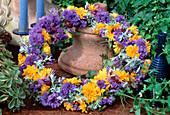Kranz aus Centaurea / Kornblume