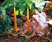 Kerzenhalter und Hirsch als Terrine