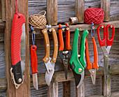 Gartenscheren : Klappsäge, Messer, Gartenscheren, Blumenscheren, Haushaltsschere