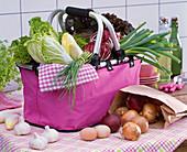 Brassica (Kohl), Cichorium (Chicoree, Radicchio), Allium (Schnittlauch