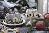 Vogelfutter - Kuchen in Guglhupfform 4/4