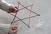 Weihnachtlicher Stern-Strauß