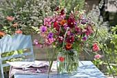 Bauerngarten - Strauss in Glasvase : Phlox paniculata (Flammenblumen)