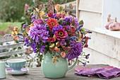 Rot-violetter Herbststrauss : Dahlia (Dahlie), Zinia (Zinnien), Phlox