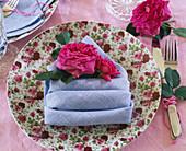 Rosa 'Chartreuse de Parme' / Duftrose von Delbard