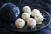 Pumpkin truffle mummies for Halloween