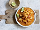 Madras curry with cod, coconut milk and tomatoes (India)