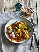 Spicy Pork Colombo with vegetables and pineapple (low carb)