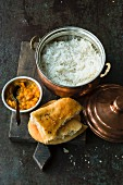 Typical Indian side dishes: rice, bread and chutney