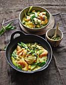 Coconut fish curry with prawns and mango (low carb)