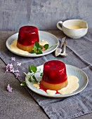 Upside-down red and green fruit jelly with custard (low carb)