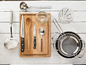 Kitchen utensils for preparing vegetable dishes