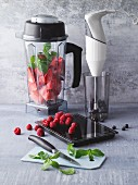 Kitchen utensils for the preparation of drinks: mixer and hand blender