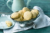 Quick and easy ginger biscuits