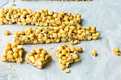 Quick and easy caramel crisp bites with honey pops and sunflower seeds