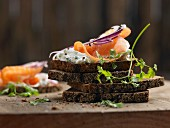 Wholegrain rye bread with chervil cream cheese and smoked salmon