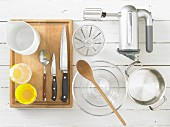 Kitchen utensils for a cream dessert