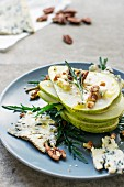 Pear and pecan salad with roquefort