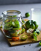 Fermented green tomatoes