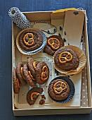 Schnelle Brezel-Cookies mit Erdnussbutter zu Weihnachten