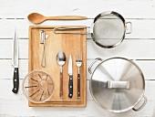 Kitchen utensils for the preparation of pilaf