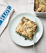 Spinach lasagne with chicken breast