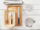 Küchenutensilien für die Crespellezubereitung
