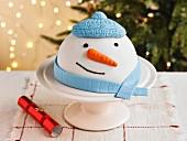 Schneemann-Kuchen zu Weihnachten