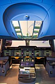 Aircraft cockpit structure