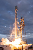 Falcon 9 rocket launch by SpaceX, 2014