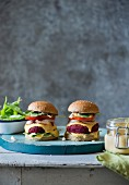 Beetroot chickpea burgers