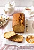 Sliced honey bread and tea