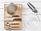 Kitchen utensils for making vegetable snacks