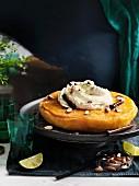 Lateinamerikanischer Ei und Pisco-Sirup Kuchen