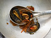 Mussels with fennel and white wine