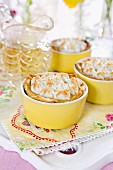 Small lemon pies with meringue