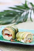 Courgette rolls with a goat's cheese salad