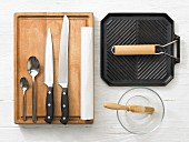 Kitchen utensils for making a roast beef sandwich