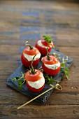 Stuffed tomatoes with ham cream